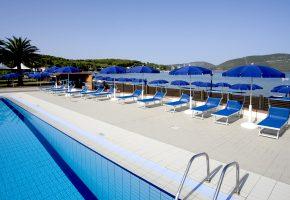 piscina hotel porto conte alghero sardegna 7