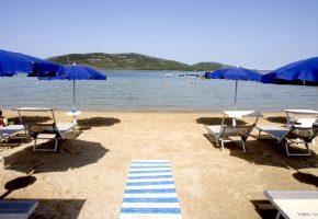 spiaggia ingresso hotel porto conte alghero sardegna